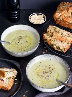 Creamy leek and potato soup with homemade cheese and garlic quick bread - this is truly scrumptious! Soup might not seem like much for dinner but this is a deceptively filling meal.