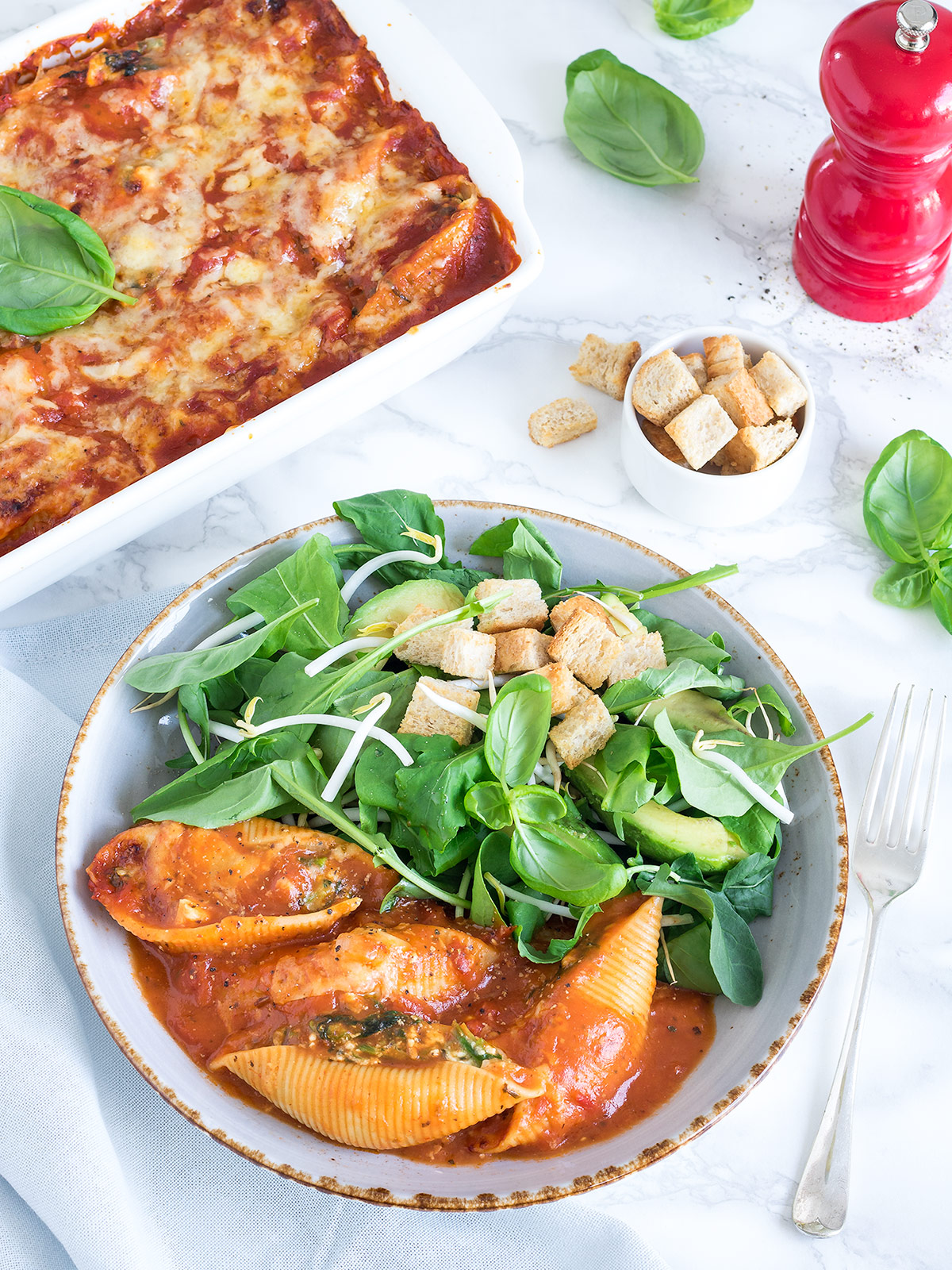 You won't notice the lack of meat with these delicious vegetarian stuffed pasta shells. Fecotta makes a yummy alternative to ricotta, if you can find it in your local supermarket.