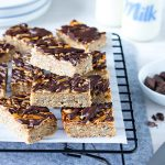 This choc top muesli slice is a balance between nutritious and indulgent, but still super tasty. It's the perfect lunchbox treat or afternoon tea snack.