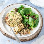A reduced carb meal of pork stuffed mushrooms with rocket, sundried tomato and pinenut salad. The mushrooms are juicy and tender, while the filling is creamy and flavour-packed. So good!